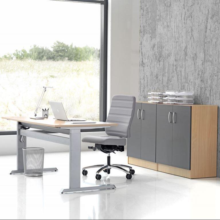 Flexus biuro baldų komplektas: stalas + 2 spintelės, beržo laminatas