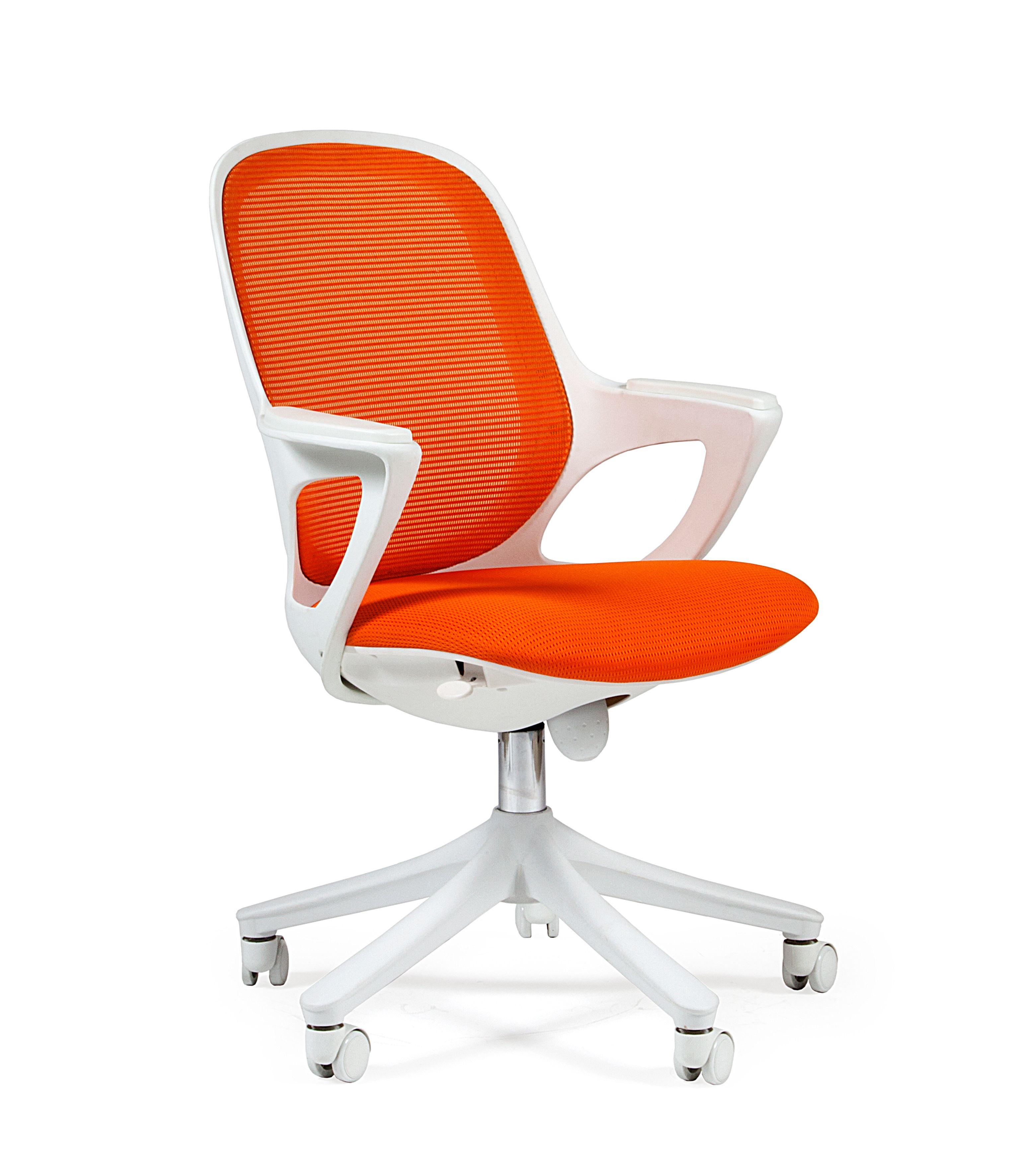 Biuro kėdė SPARKS 820 white